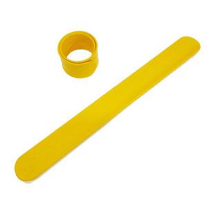 Силиконовый слеп-браслет желтый 012С