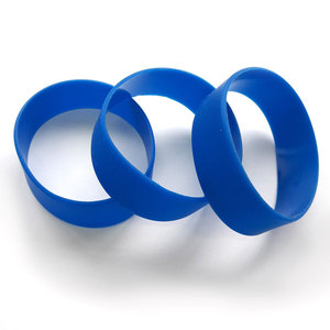 Силиконовый браслет синий (PMS 2935С) размер Широкий(202*20*2 мм)
